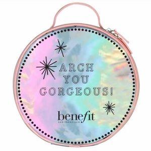 """Benefit """"Arch You Gorgeous"""" Makeup Bag"""